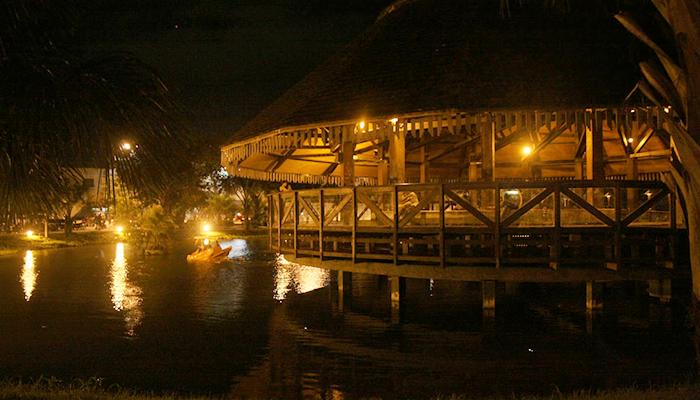Ver-o-Rio à noite, Belém, Pará 001 - Mundo Gekos Receptivo