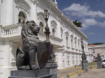 Palácio dos Leões, edifício-sede do governo, São Luís, Maranhão 001 - Mundo Gekos Receptivo