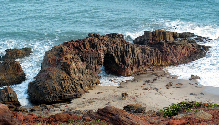 Pedra Furada, Jericoacoara, Ceará 002 - Mundo Gekos Receptivo