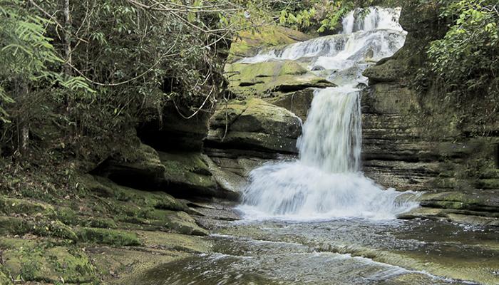 Cachoeira em Presidente Figueiredo, Amazonas 001 - Mundo Gekos Receptivo