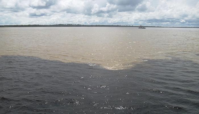 Encontro das Águas Rio Negro e Solimões, Amazonas - Mundo Gekos Receptivo